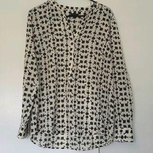 🦋3/$30🦋 Talbots Key Black and White Blouse